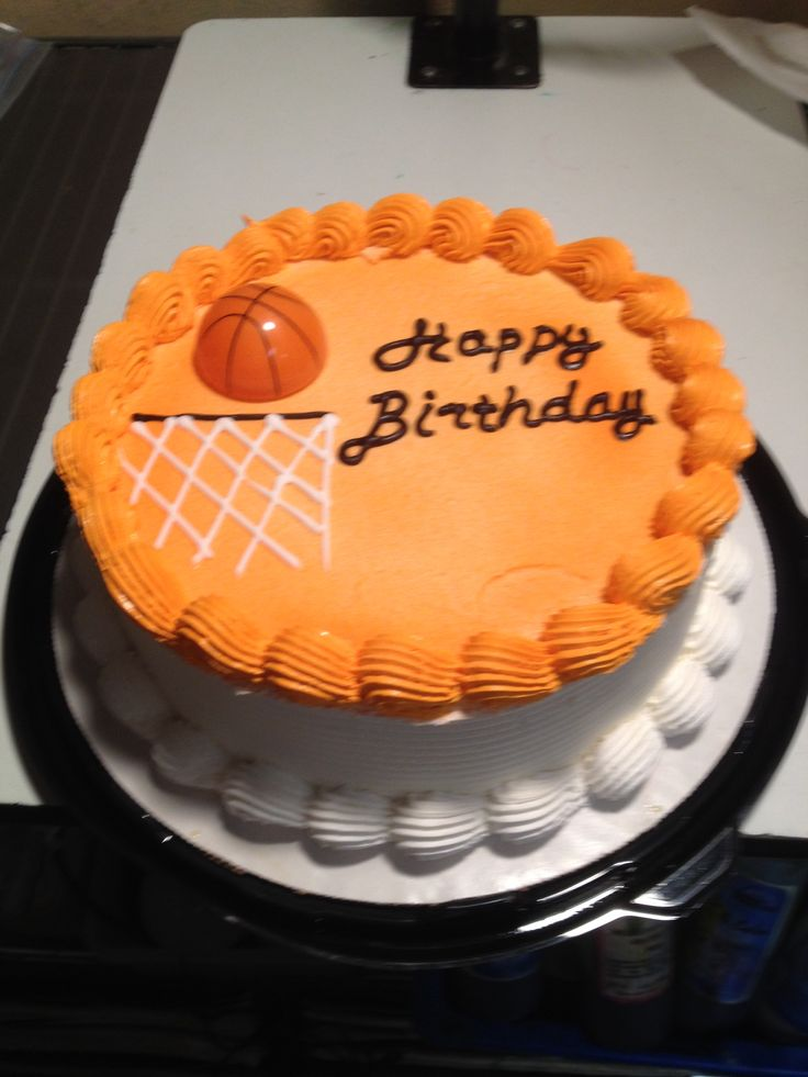 Dairy Queen Log Cake Designs : 25+ basta ideerna om Basketball cakes pa Pinterest