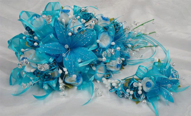 bouquets for quinceanera | is a fabulous turquoise-and-white bouquet perfect for a quinceanera ...