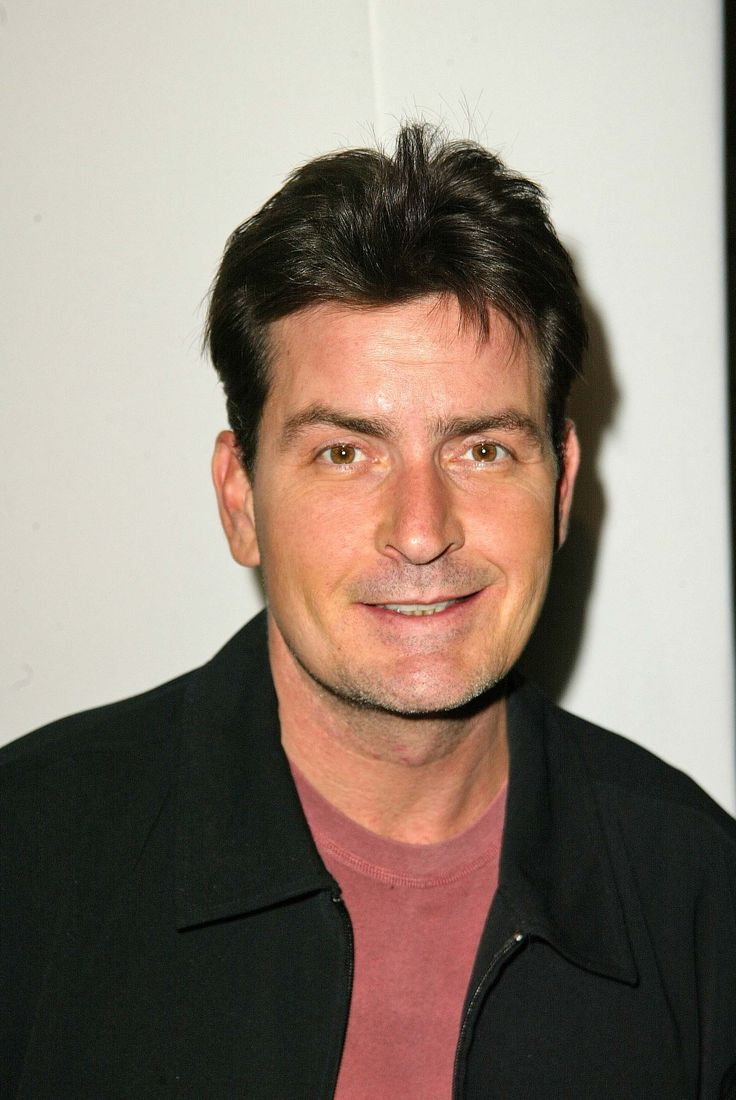 best ideas about charlie sheen dad charlie sheen charlie sheen charlie sheen marinero y novio de phoebe