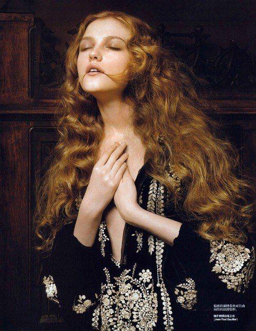 Vlada Roslyakova by Pierluigi Maco for Vogue China, January 2007