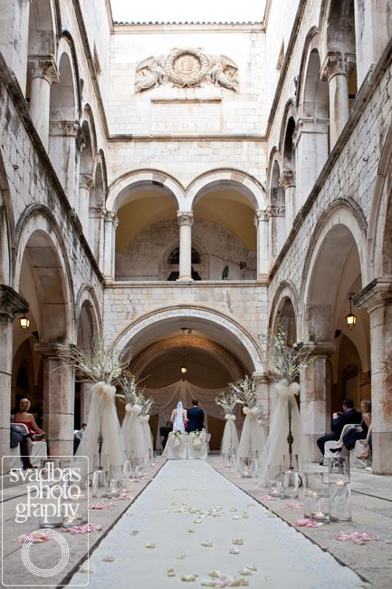 Sponza Palace decoration for a wonderful wedding ceremony of Eugen & Charlotte coming to Dubrovnik, Croatia all over from New York!