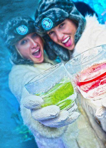 Minus 5 degree cold ice bar in Mandalay Bay Vegas (get ...