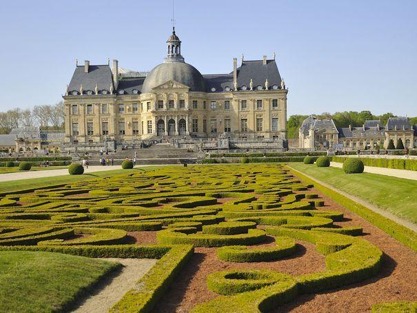 Château de Vaux-le-Vicomte - broderie des Jardins à la française  jardins de France - L'EXPRESS