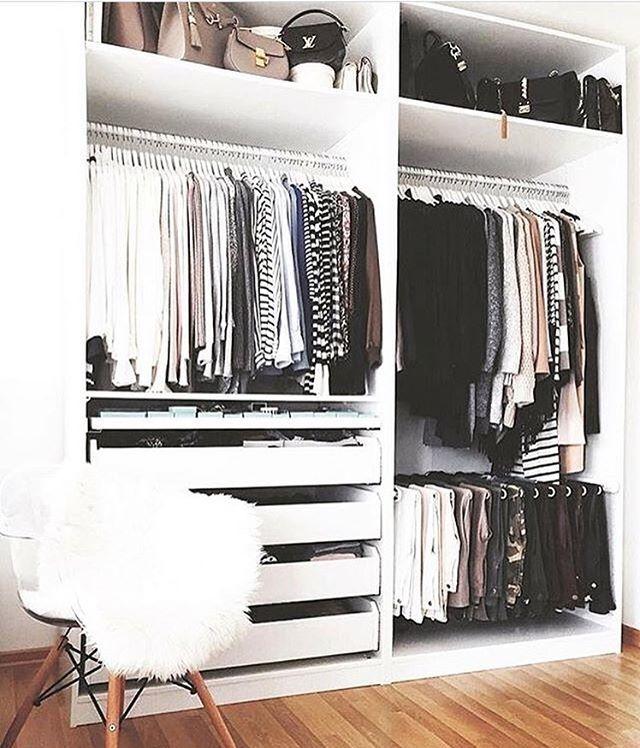 Have a nice evephoto @wardrobegang #inredning #hjemmekos #hjem #interiørdilla #interior12follow #hem #sovrum #soverom #interiørtips #bedroom #interior #interiørdesign #interiör #interiørinspirasjon #christmas #nordiskehjem #bedroomdesign #dekor #hem #interiør #vackrahem #skönahem #dagensinteriør #tipstilhjemmet #sovrumsinspo #hemma #innredning #mynordicroom #boligindretning #wardrobe #garderobe - Architecture and Home Decor - Bedroom - Bathroom - Kitchen And Living Room Interior Design…