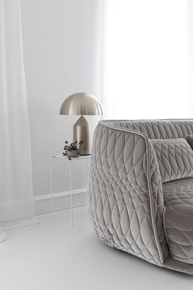 5 canapés modernes et colorés pour cet été | Des canapés design | #maison…