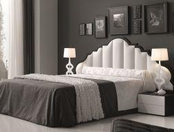 Dormitorio lacado con cabezal de  plafones acolchados tapizados en polipiel blanco, Mod: ANNE
