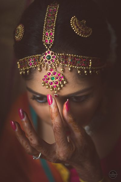 south indian jewelry, gold mathapatti, hair ornaments, traditional jewelry