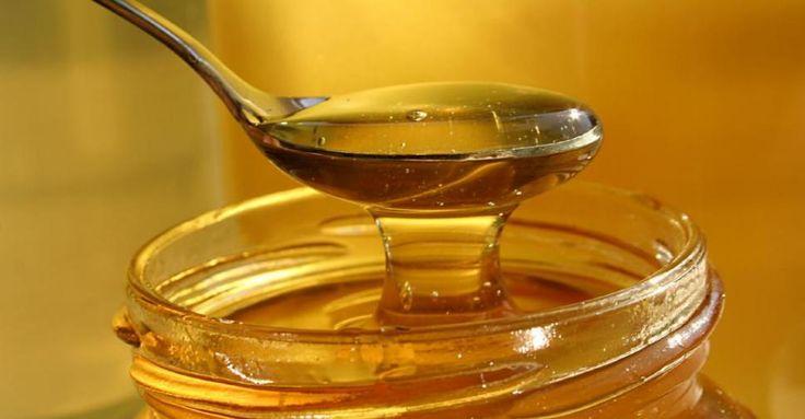 Как осветлить волосы медом в домашних условиях и как приготовить медовую маску для осветления волос. Фото до и после осветления или окрашивания. В статье мы разберемся как мед осветляет волосы и какую технологию для этого использовать.