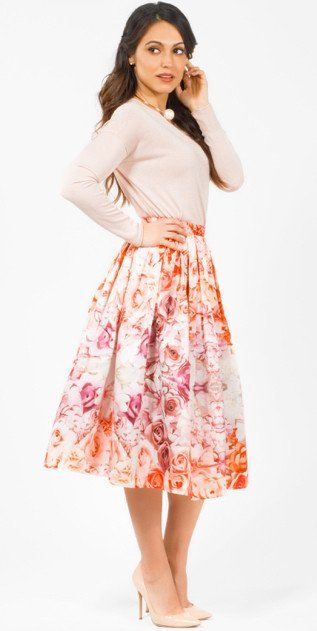 Modest knee length pastel floral print midi below the knee length skirt | Mode-sty tznius jewish muslim hijab mormon lds pentecostal christian