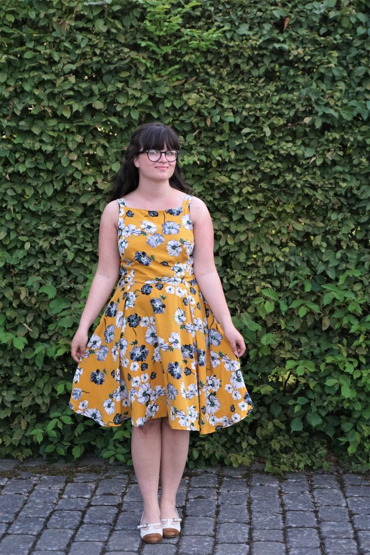 A flora dress form by hand london in a rayon from blackbird fabric.