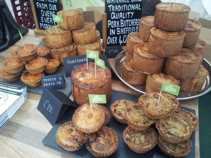 Great pork pie samples from Waterall Brothers - very popular with the @Sheffield Food Festival crowd  & very delicious!