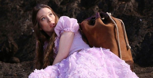 Give It a Chance: Once Upon a Time in Wonderland, ABC, Thursdays at 8 p.m. (Starting Oct. 10) | 8 New Fall TV Shows To Be Excited About, 10 To Give A Chance, And 7 To Avoid