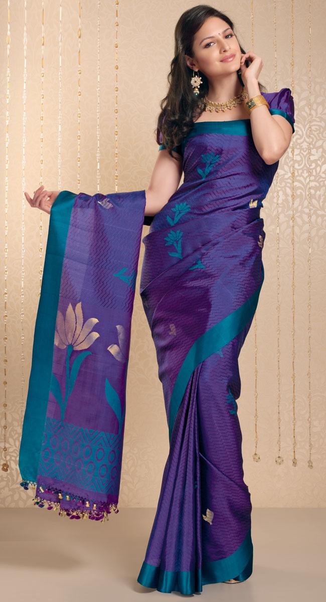 Priya Silk Saree http://www.harinisilks.com/priya-silk-saree.html