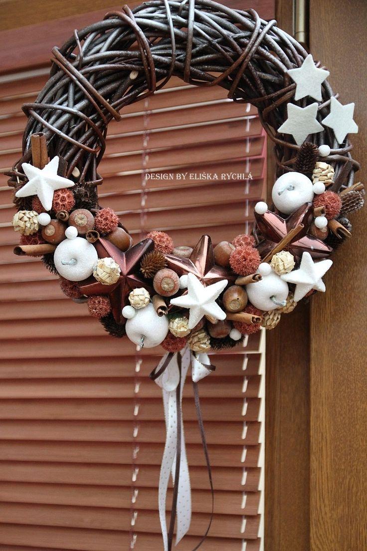 Vánoční věnec -průměr věnce 30 cm