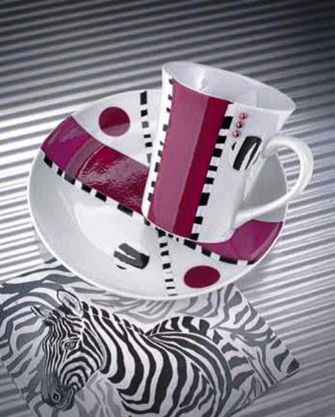394 best peinture sur porcelaine images on pinterest. Black Bedroom Furniture Sets. Home Design Ideas