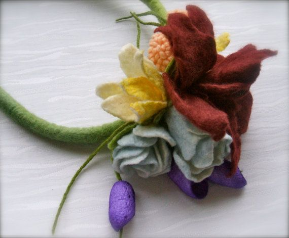 Romantic handmade flowers necklace Summer's meadow felt by jurooma