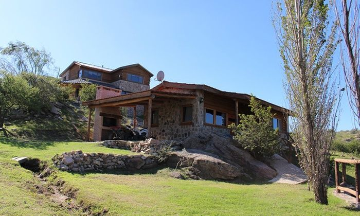 Tierra de Vertientes - Villa Carlos Paz: Villa Carlos Paz: desde $899 por 2, 3 o 4 noches para dos + desayuno en Tierra de Vertientes