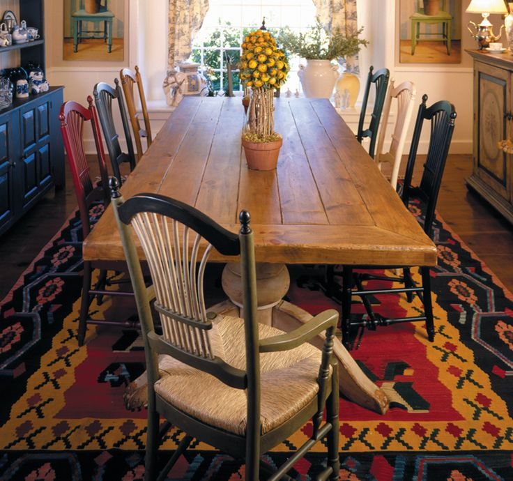 Eddy West Dining Room Table And Chairs.