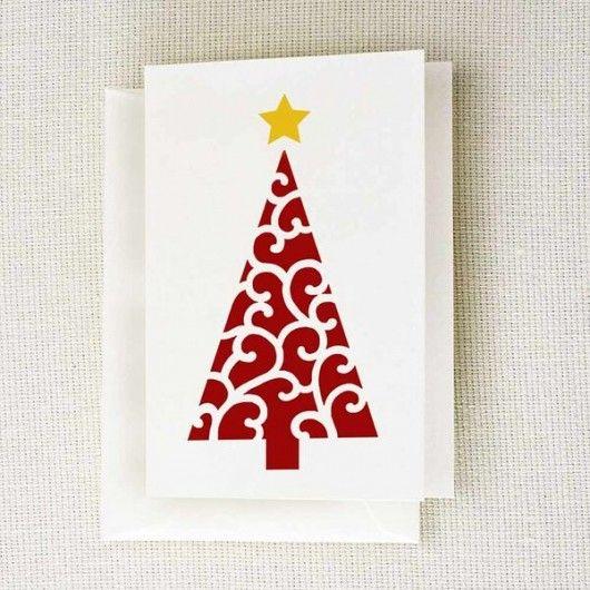 Estêncil um cartão de nota do feriado de DIY usando o estêncil da árvore de Natal do rolo de estênceis da borda de corte.  Http://www.cuttingedgestencils.com/scroll-christmas-tree-holiday-card-making-stencil-templates.html