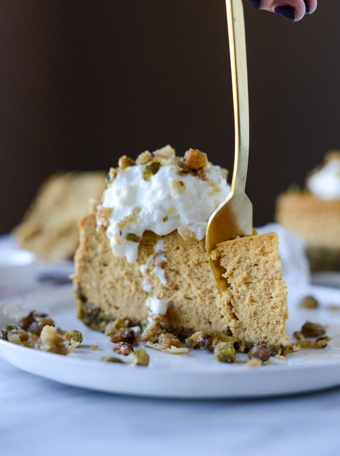 brown sugar pumpkin cheesecake with pistachio macaroon crust I howsweeteats.com