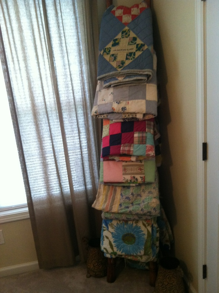 Wooden Ladder With Quilts Our House Pinterest Quilt