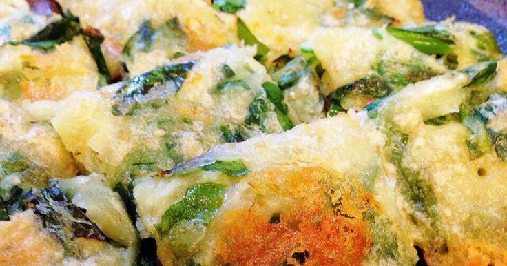 カリッもちっの香ばしいチヂミと絶品タレ♡小松菜とニラで栄養満点♪胡麻もたっぷり〜『ニラチヂミ』人気検索4位♪