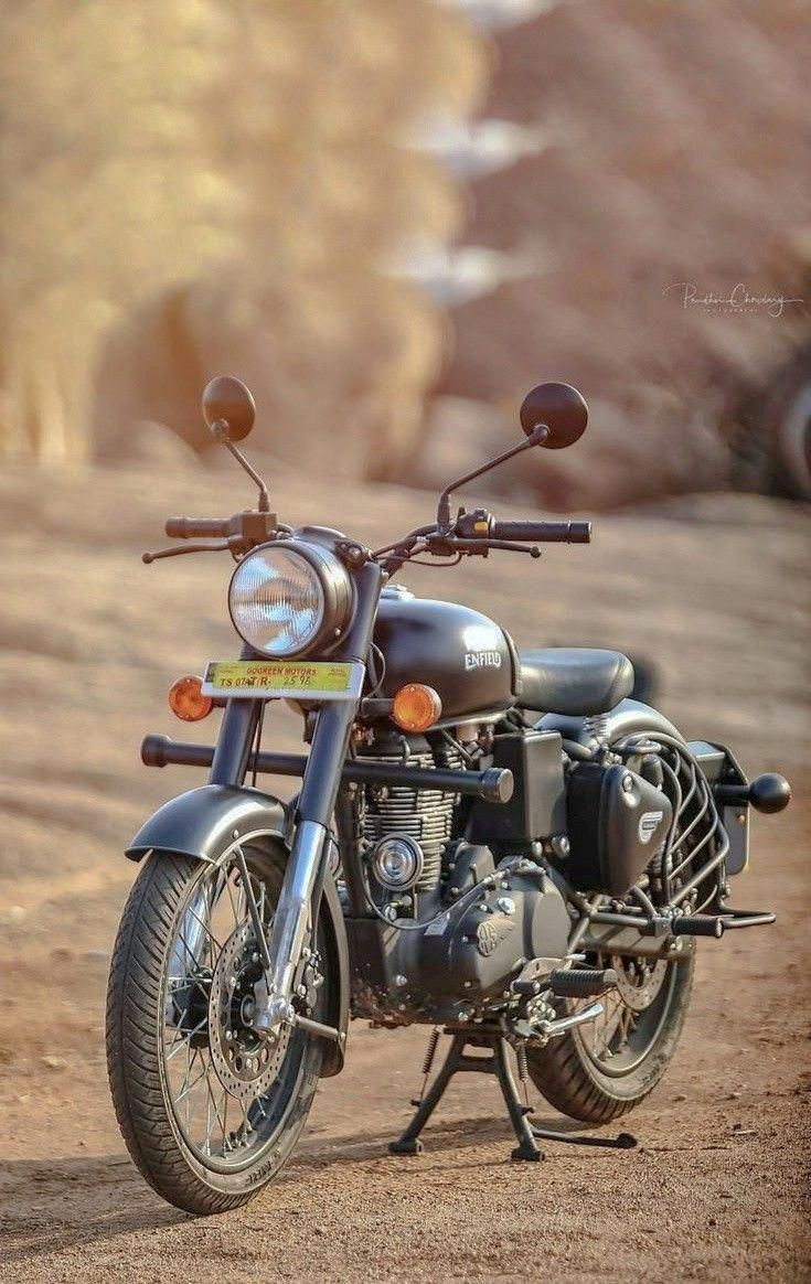 Royal Enfield World Royalenfield In 2020 Royal Enfield Enfield