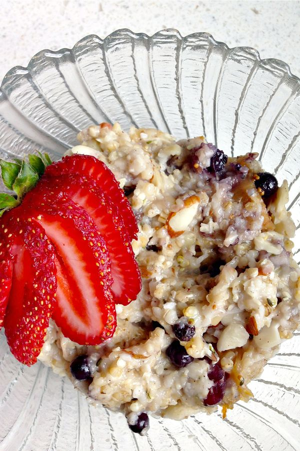 Healthy Oatmeal Recipe Steel Cut with Dried Fruit and Nuts reluctantentertainer.com