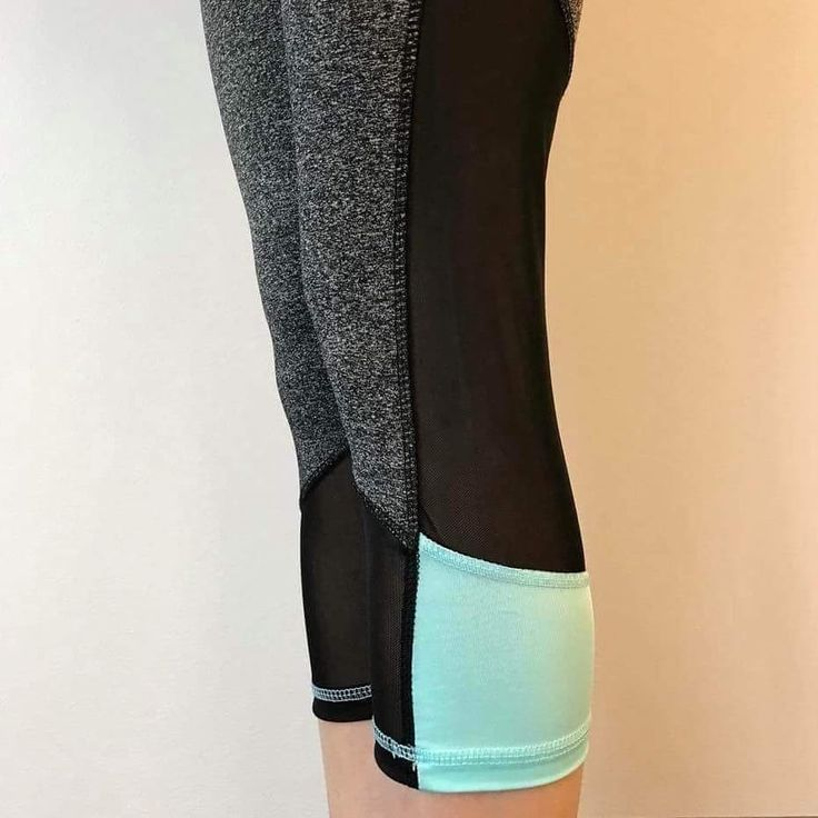 Who exercises regularly? I am SUPER EXCITED to be able to announce, that Hello Pink will be carrying some QUALITY & AFFORDABLE activewear very VERY SOON! 💕 Here is a sneak peak  👀 of a couple of items.
