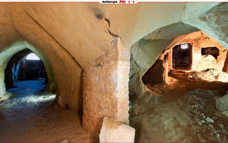 Un viaggio spettacolare negli antichi sotterranei Ipogeo del Cassero. Cercali e visitali su http://www.metaexpo.it