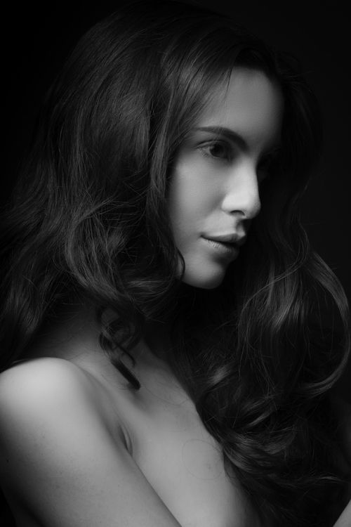 Photo: Peter Hart Hair and Makeup: Ann Oster Model: Melissa from Elite Models