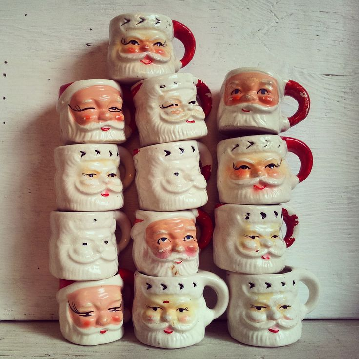 Happy stacks of vintage Santa mugs!