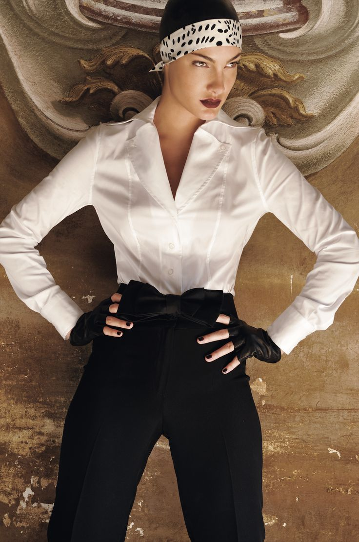 #donna #moda #luxury #model #lookbook #italianstyle #cocktaildress #elegant #smart #couture #fashion #altamoda #boutique #madeinitaly