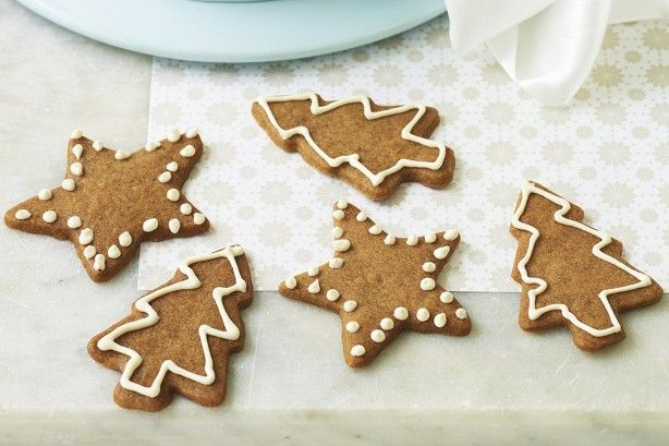 Made from butter, sugar and cinnamon, these good looking and great tasting cookies are ideal for the Christmas holidays.