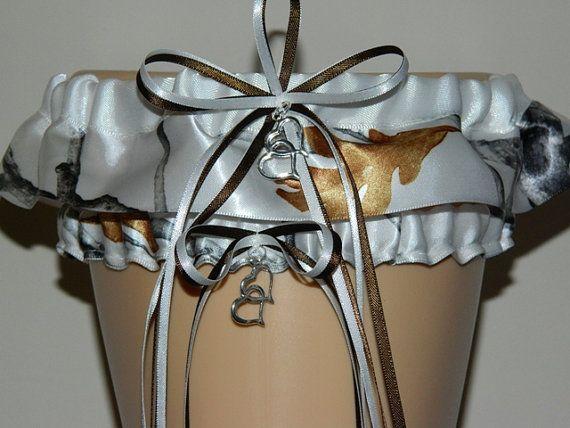 FREE SHIPPING NEW True Timber Snowfall White Camouflage Wedding Garter Set,  Bridal Garter Set,