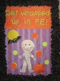 Halloween Bulletin board --- Get Wrapped up in break days!