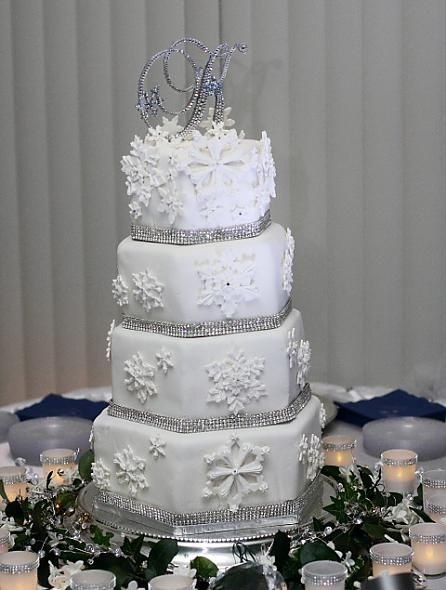 wedding cake snowflakes 12 best wedding ideas images on winter 25151