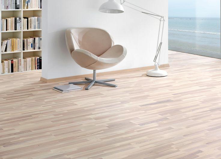 AKCE ! SLEVA 25% Třívrstvá dřevěná podlaha - parketový vzor  https://podlahove-studio.com/parketovy-vzor/1229-dub-living-bily-oxidativni-olej-trivrstva-drevena-podlaha.html