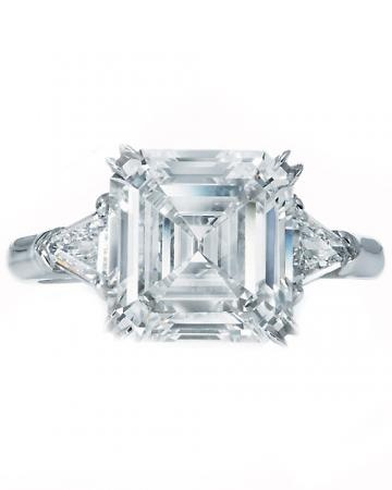 Asscher-Cut diamond engagement ring. Yes :)