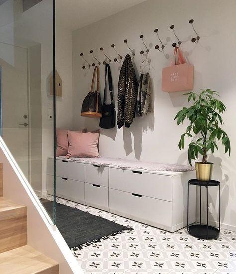 Pin By Shay On Hallway In 2019: Sittbänk Med Förvaring I Hallen