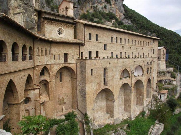 Tuscany-Latium-Tourism-Dmo: Trekking ed Escursionismo a Subiaco -Subiaco (Roma...