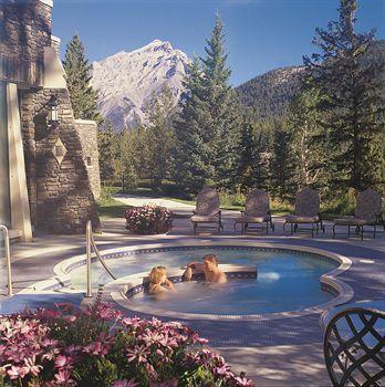 The Fairmont Banff Springs (Banff, Canada) | Expedia