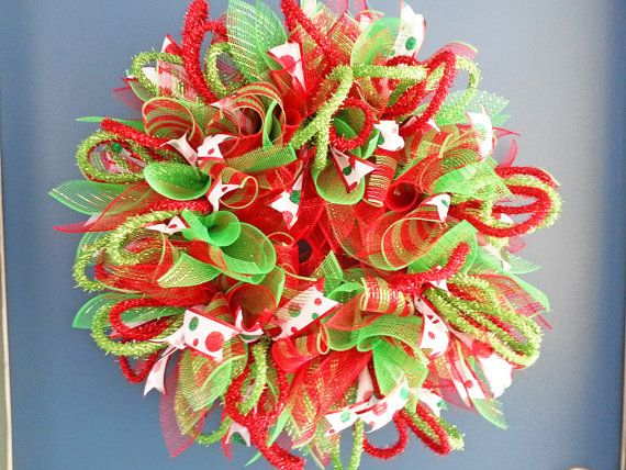 17 images about sunburst style wreaths on pinterest deco mesh ribbon fall deco mesh and deco - Awesome christmas wreath with homemade style ...