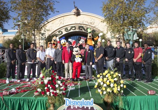 2016 Rose Parade Live Blog - LaughingPlace.com