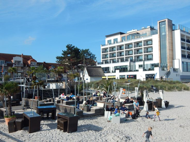Scharbeutz - Beach Lounge mit Hotel Bayside