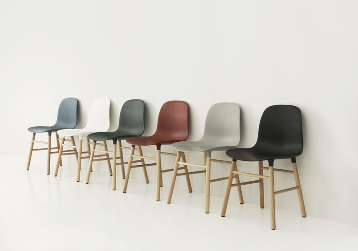 Form Chair with oak frame in 6 timeless, dusty colors