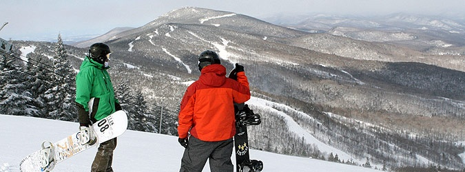 Vermont ski resort guide and resort information, ski trails, lifts, and accommodations- http://www.toursdesport.com/-vermont-ski-vacation-packages-.htm.