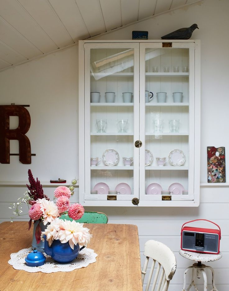 By Displaying Everyday Objects In An Interesting Or Unusual Way Anyone Can  Create A Striking White Display. Cabinets ...