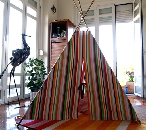 Children's pretend toy  Teepee Tent  Tenda de by quiosquedetrapos, $124.00