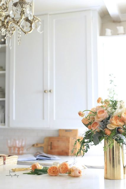 How to create a beautiful spring floral bouquet for under $30 -    Recently, I played with flowers.   A lot of flowers.         It was pretty much a dream.   And as...